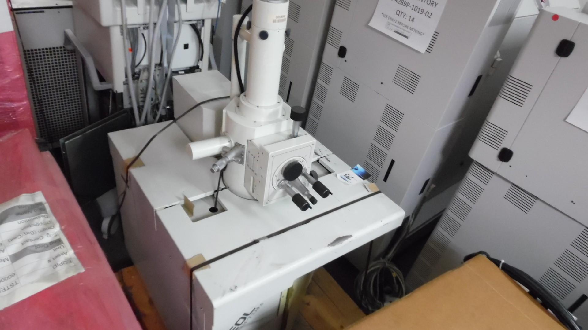 Jeol JSM-T330A Electron Scanning Microscope